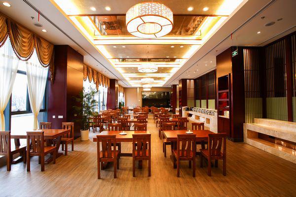 西餐厅—春天阁
